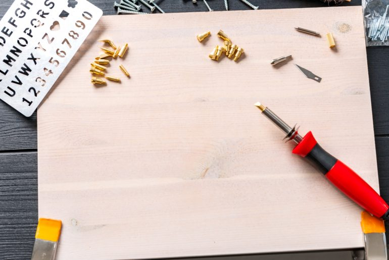 wood burning tool and tips